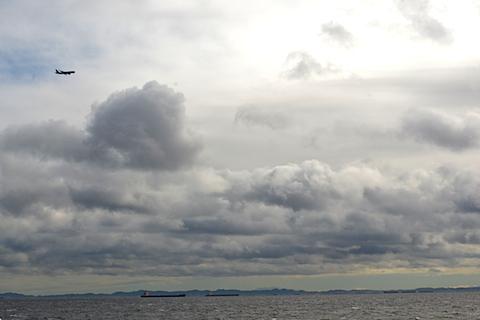 海と空と船と飛行機