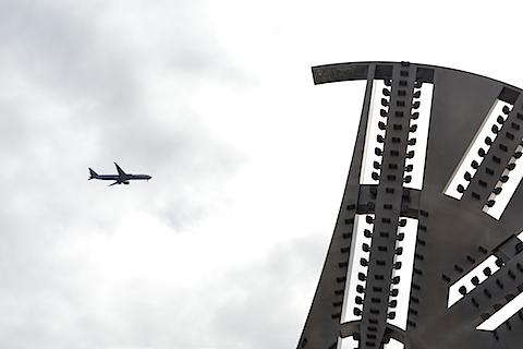 カッターフェイスと飛行機1