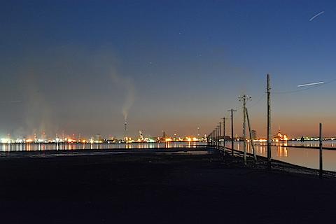 海中電柱06