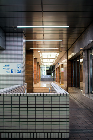 横浜駅02