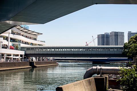 横浜駅から桜木町駅まで01