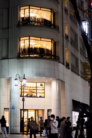 新宿ピカデリー付近30