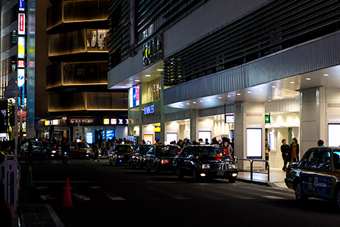 新宿駅付近15