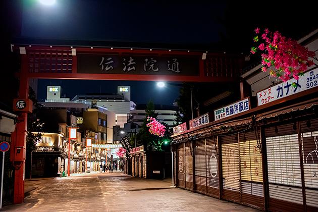 夜の浅草散歩42