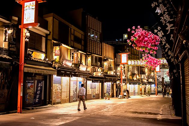夜の浅草散歩46