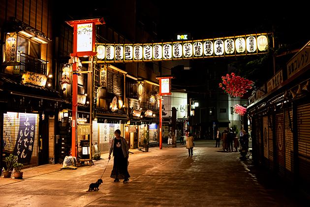 夜の浅草散歩49