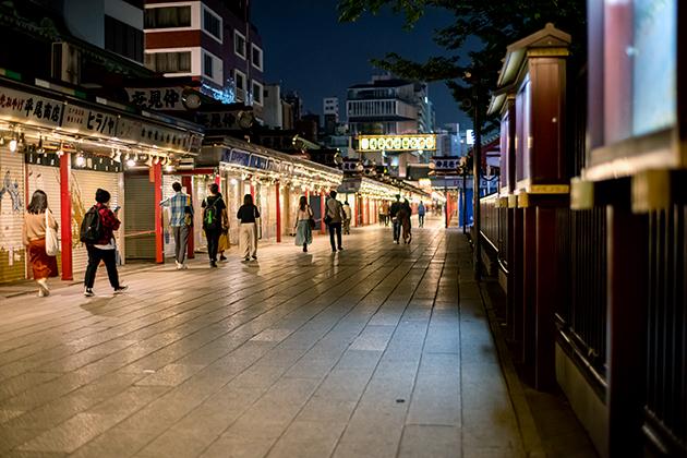 夜の浅草散歩103